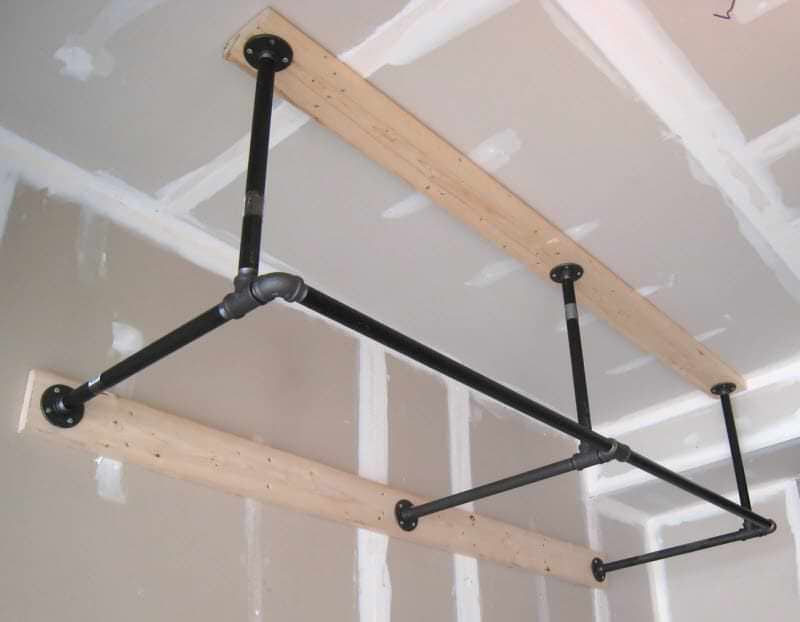 build pull up bars